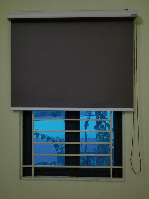 Rèm cửa sổ cuốn chống nắng C-017