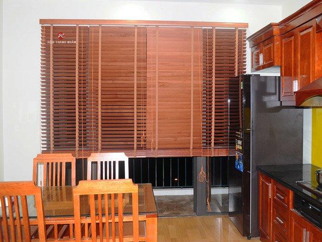 Rèm sáo gỗ tự nhiên cho phòng bếp