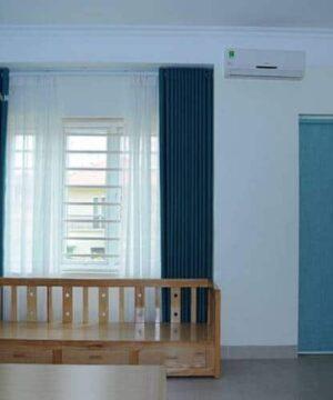 Rèm vải 2 lớp RV-516-29 và rèm voan trắng RV085-44-60 phòng ngủ