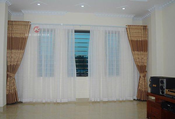 Mẫu rèm cửa phòng khách Hà Nội - Rèm vải hoa văn họa tiết 2 lớp