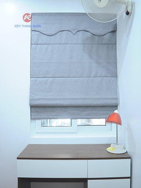 rem vai roman xep lop - Rèm vải một màu đẹp cho phòng khách, phòng ngủ