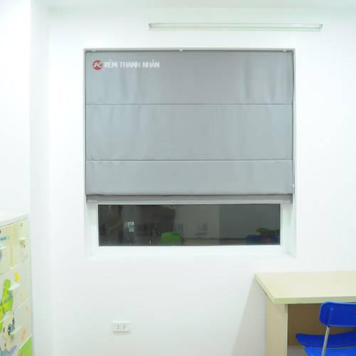 Rèm Roman kẹp 1 lớp cửa sổ phòng ngủ