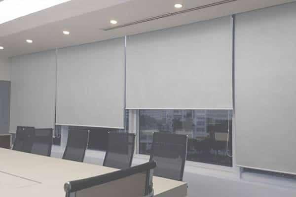 Rèm cuốn polyester phủ nhựa cho văn phòng giá rẻ Hà Nội