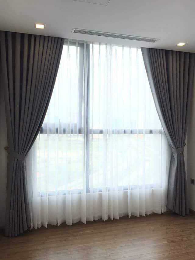 Rèm cửa sổ một màu căn hộ chung cư