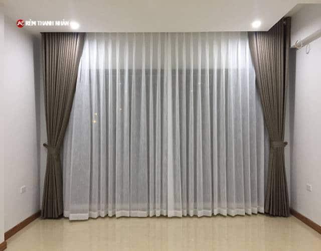 Rèm hai lớp 1 màu RV-484-6 và voan trắng xước 085-44-60 cho phòng khách