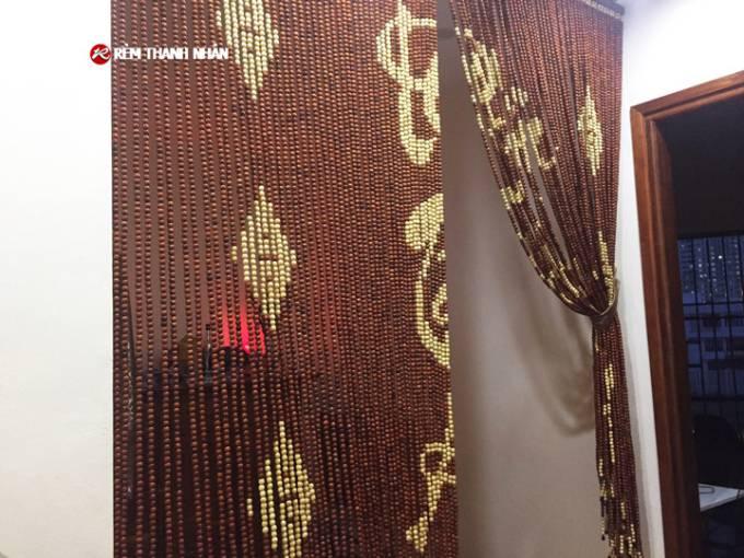 Rèm hạt gỗ Hương D12 màu nâu