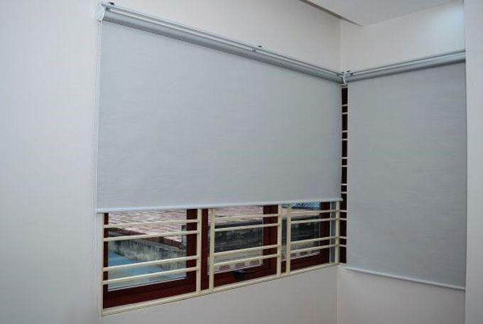 Rèm cửa cuốn chống nắng mưa