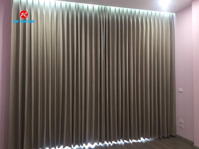 Hình ảnh màn vải may xếp ly