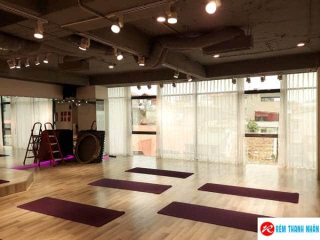 Rèm cửa fitness yoga