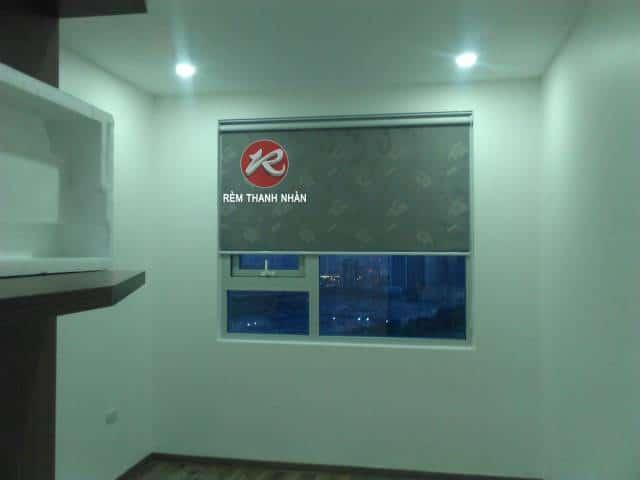 Rèm cuốn hoa văn cửa sổ phòng ngủ RB 906