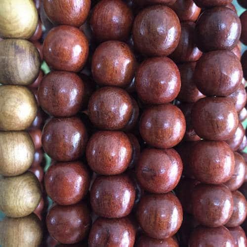 Hạt gỗ Hương
