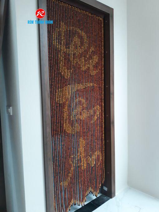 Rèm cửa đi hạt gỗ Hương