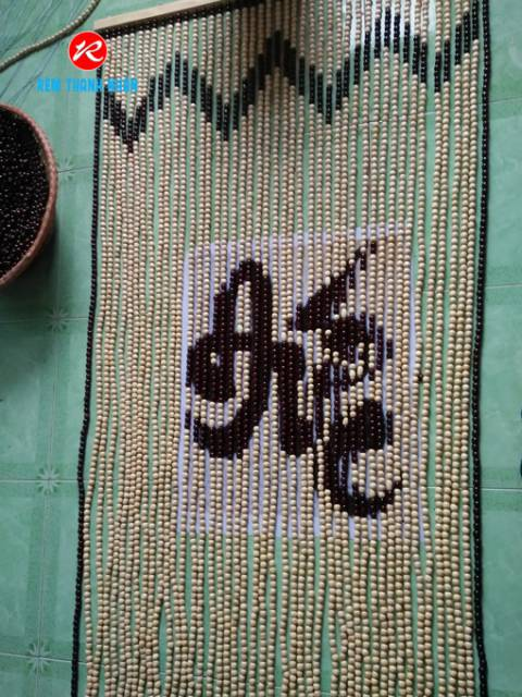 Rèm hạt gỗ mẫu chữ Đức