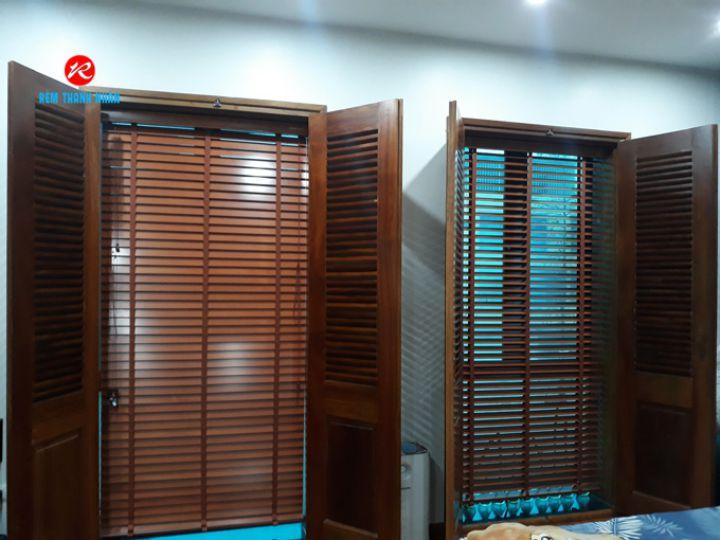 Màn sáo gỗ MSJ 305 cửa phòng ngủ