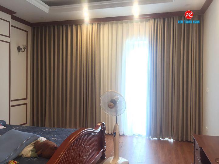 Màn vải Hàn Quốc Samsung JUDITH 03 và voan LOVE 03 cửa phòng ngủ