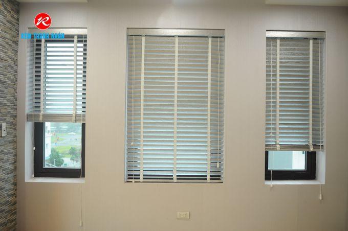 Màn sáo gỗ STW-061 che nắng cửa sổ