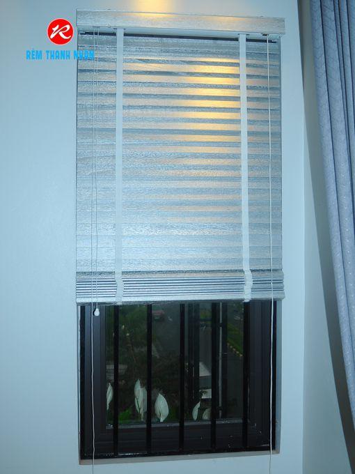 Mành rèm gỗ STW-061 che cửa sổ
