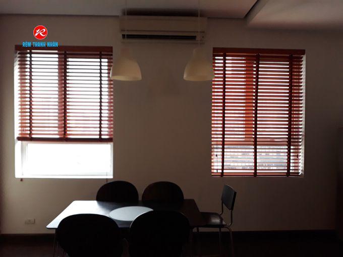 Rèm gỗ cao cấp cửa sổ phòng khách