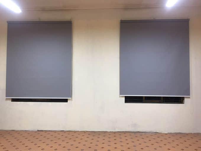 Màn cuốn cửa sổ phòng tin học
